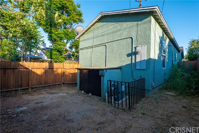43. 17723 Miranda Street Encino, CA 91316