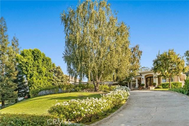 15620 Woodvale Rd, Encino, CA 91436