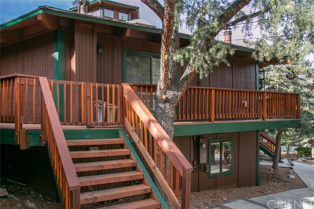 15400 Live Oak Way, Pine Mtn Club, CA 93222