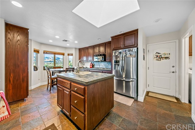 2507 Trails End Rd, Acton, CA 93510 Photo 10
