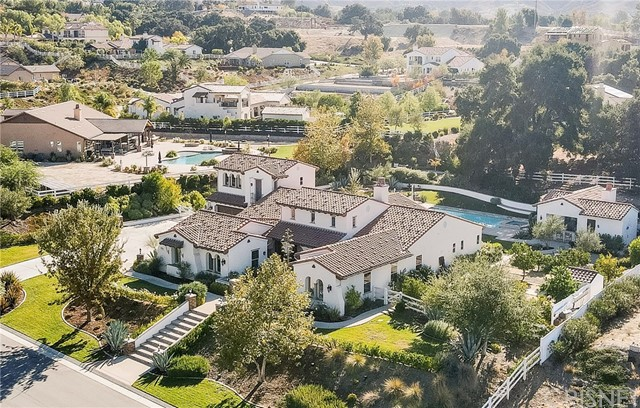 27003 Cotswold Drive, Canyon Country, CA 91387