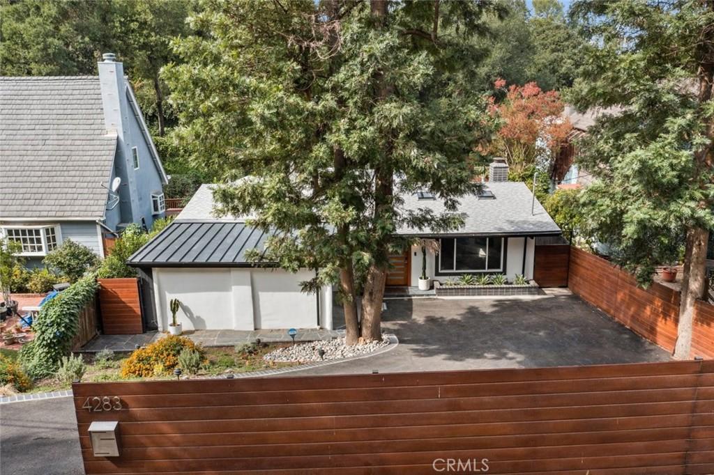 4283     Morro Drive, Woodland Hills CA 91364