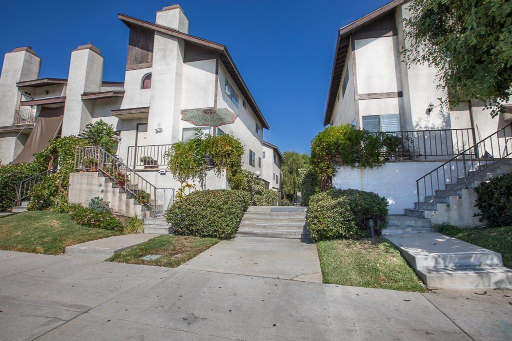 9800 Sepulveda Boulevard 36, North Hills, CA 91343