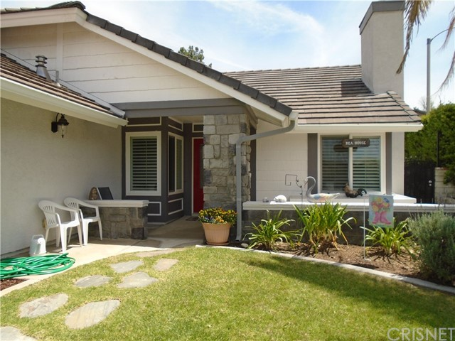 28402 Fig Court, Saugus, CA 91390