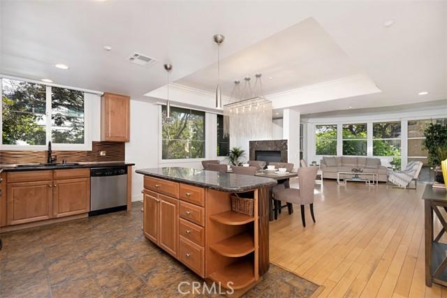 13. 1601 S Bentley Avenue #201 Los Angeles, CA 90025