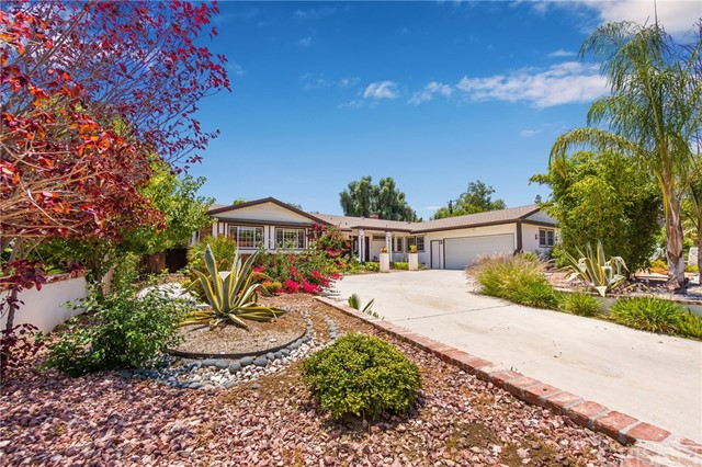 23718 Community Street, West Hills, CA 91304