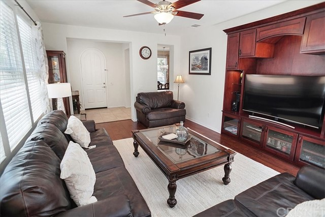 living room to entry