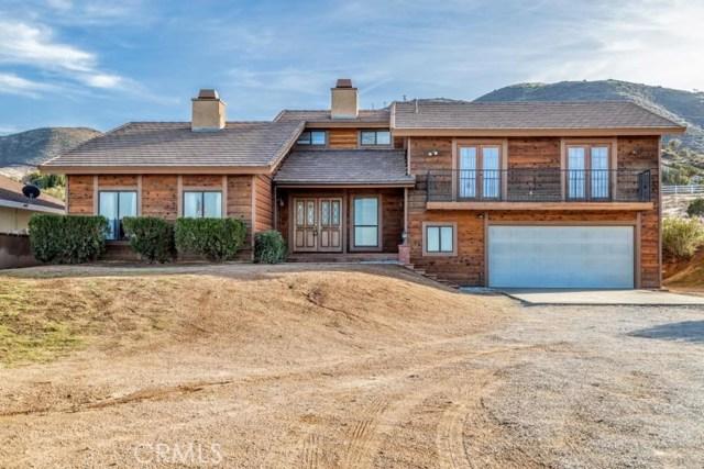 844 Hacienda Drive, Palmdale, CA 93551