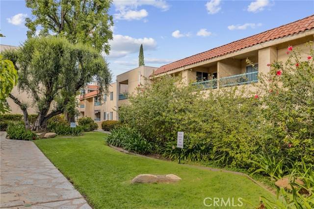 Photo of 18307 Burbank Boulevard #207, Tarzana, CA 91356