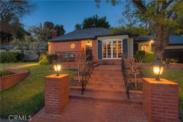 4132 Hayvenhurst Drive, Encino, CA 91436