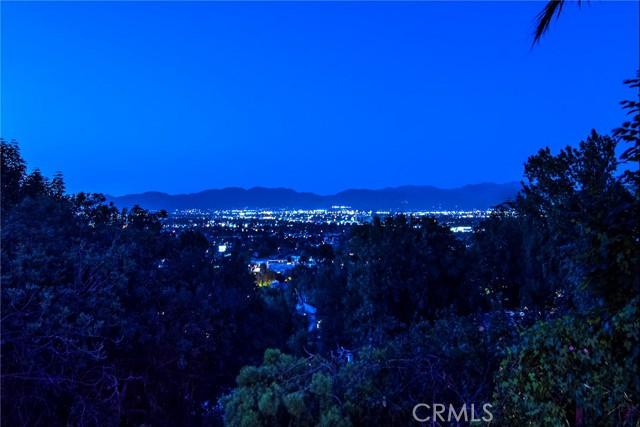 15117 Rayneta Drive, Sherman Oaks, CA 91403