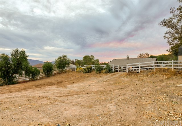34314 Desert Rd, Acton, CA 93510 Photo 37
