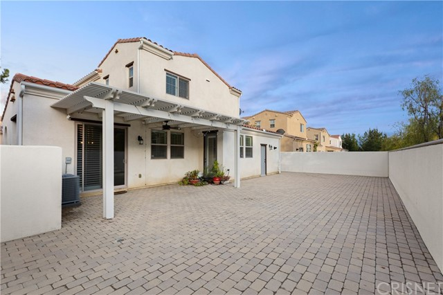 11519 Amalfi Way, Porter Ranch, CA 91326