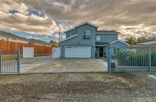 27708 Ferguson Dr, Castaic, CA 91384 Photo 2