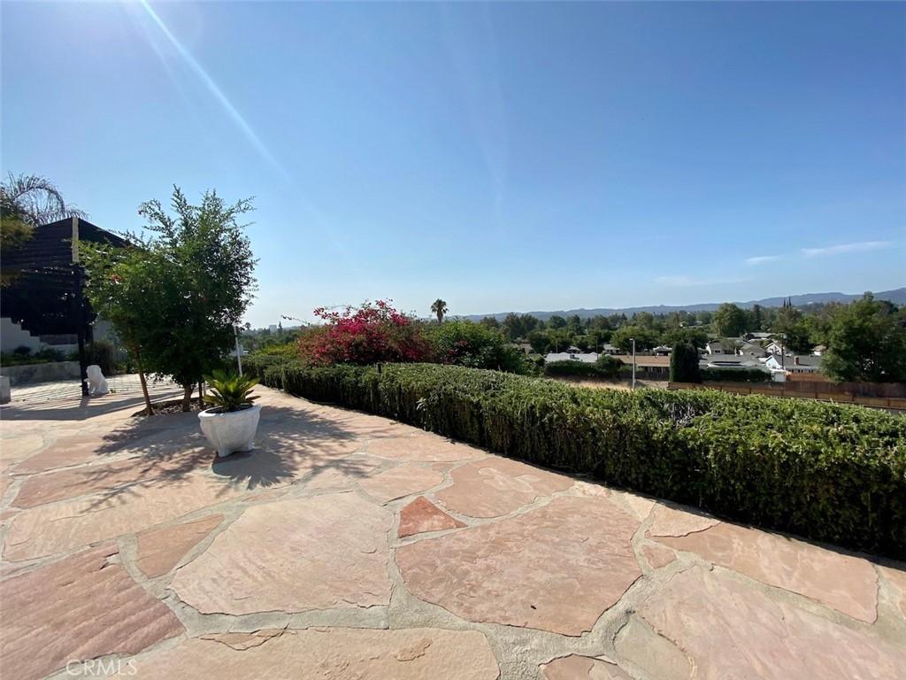 23446     Balmoral Lane, West Hills CA 91307