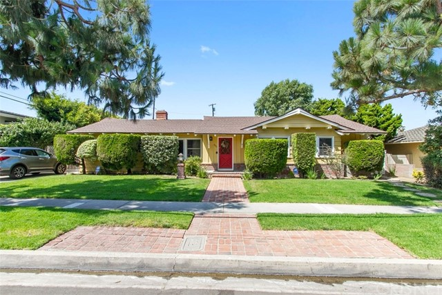 5311 W 64th Street, Ladera Heights, CA 90056