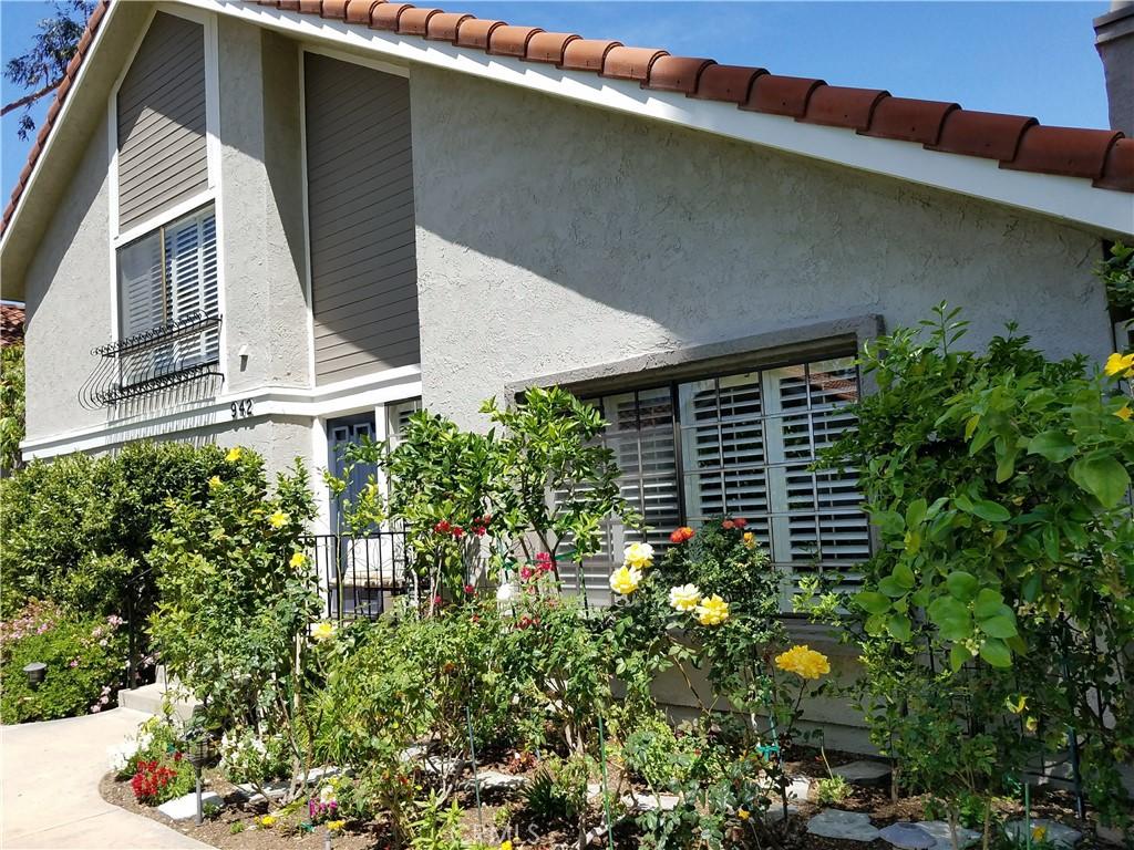 942     Thistlegate, Oak Park CA 91377