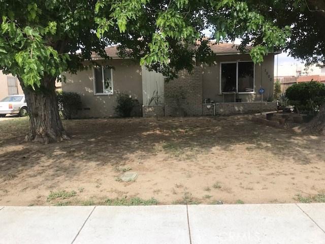1500 El Rancho Drive, Bakersfield, CA 93304