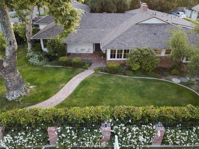 4. 4607 Forman Avenue Toluca Lake, CA 91602