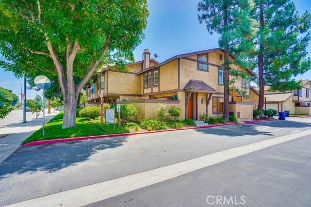 20516 Roscoe Boulevard A, Winnetka, CA 91306