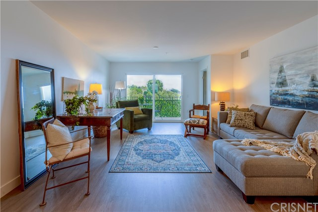 Excellent opportunity for a well priced condo in Malibu.  this condo was just fully rebuilt and finished July 2021 and has not been occupied.  Three generous bedrooms and two baths. Lovely calm color finishes, natural light, stackable washer dryer hook up. Unit has a  2 car garage
