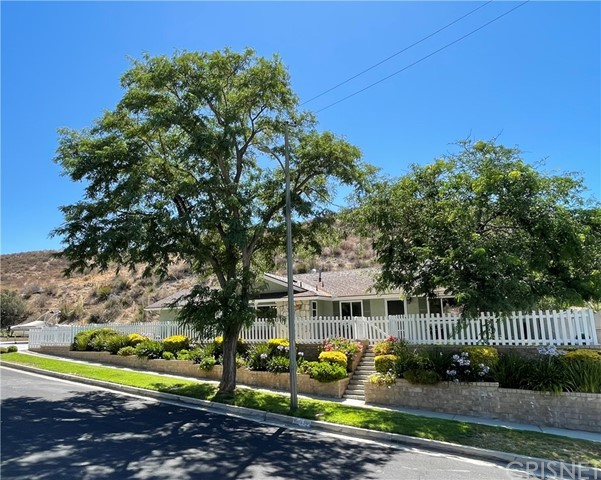 28236 Hot Springs Avenue, Canyon Country, CA 91351