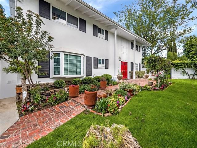 23250 Cass Avenue, Woodland Hills, CA 91364