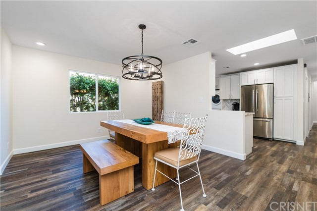 Image 8 of 816 N Mansfield Ave, Hollywood, CA 90038