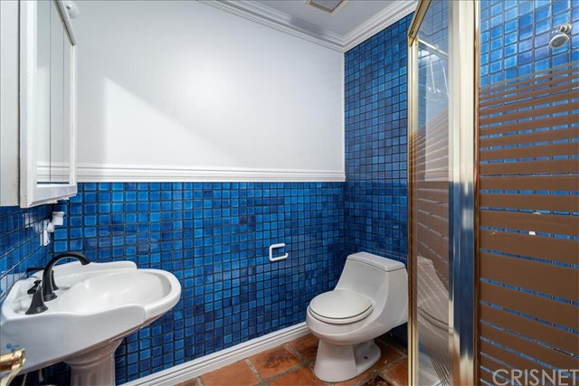 Mother in-law bathroom