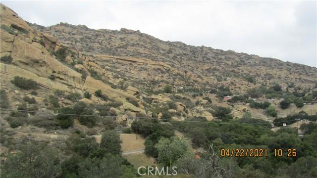 410 Box Cyn, West Hills CA: https://media.crmls.org/mediascn/54fcbc4b-89e4-44a6-999c-b1d5bde36424.jpg