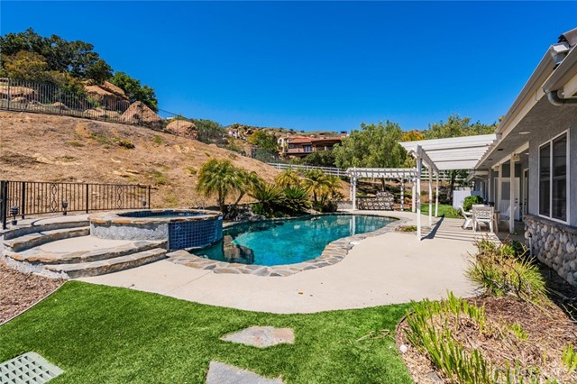 21 Marlboro Lane, Bell Canyon, CA 91307
