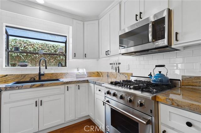 7. 5537 Bevis Avenue Sherman Oaks, CA 91411