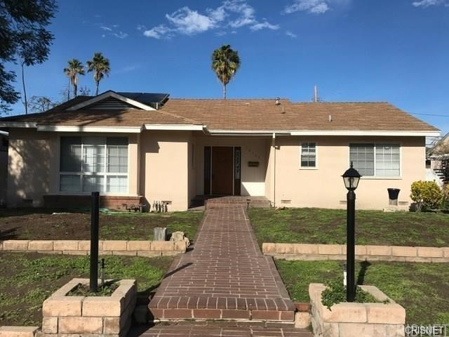 16137 Lassen Street, North Hills, CA 91343