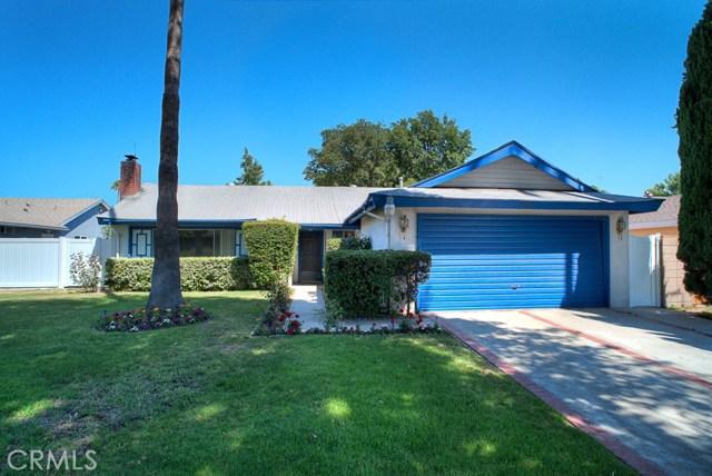 9002 Collett Avenue, North Hills, CA 91343