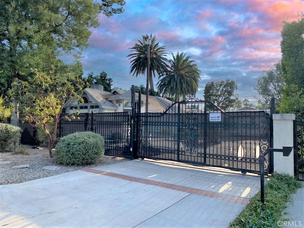 Photo of 5815 Calvin Avenue, Tarzana, CA 91356