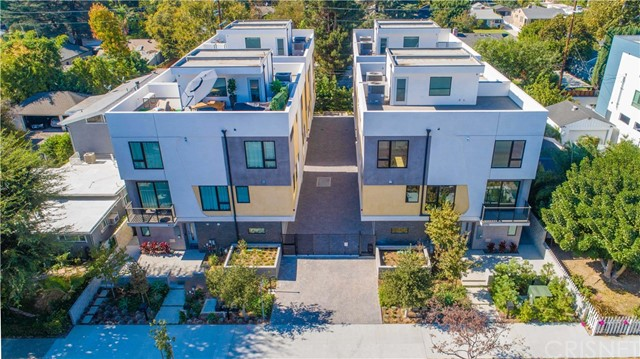 11405 W Talia Court, Studio City, CA 91602