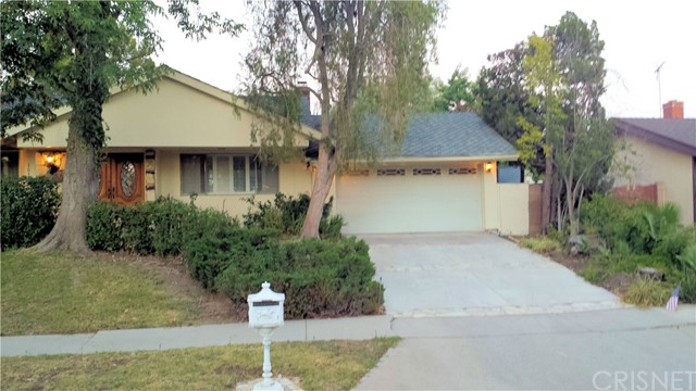 10126 Oak Park Avenue, Northridge, CA 91325