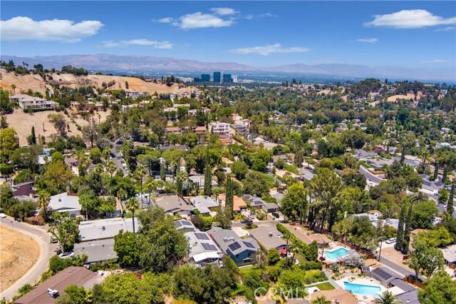 39. 22248 Flanco Road Woodland Hills, CA 91364