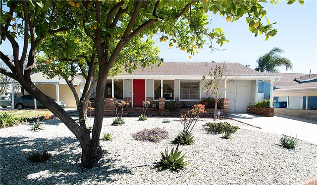 7522 Forbes Avenue, Lake Balboa, CA 91406