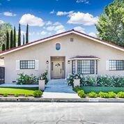 4825 Newcastle Avenue, Encino, CA 91316