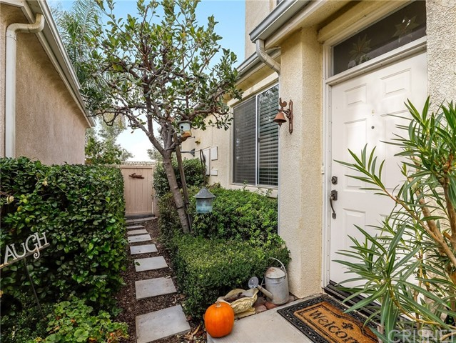 27831 Crown Court Circle 57, Valencia, CA 91354