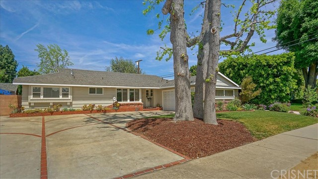 16809 Tupper Street, Northridge, CA 91343