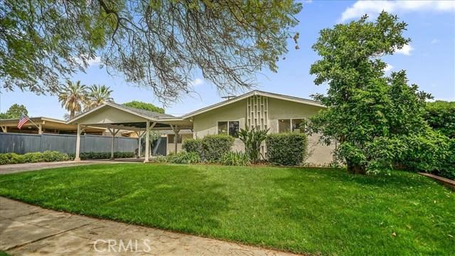 9406 Gothic Avenue, North Hills, CA 91343