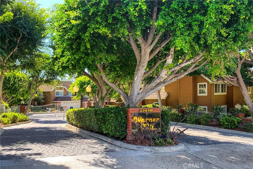 Photo of 20950 OXNARD Street #36, Woodland Hills, CA 91367