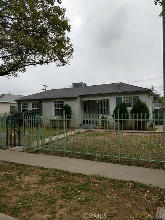 17960 Hartland Street, Reseda, CA 91335
