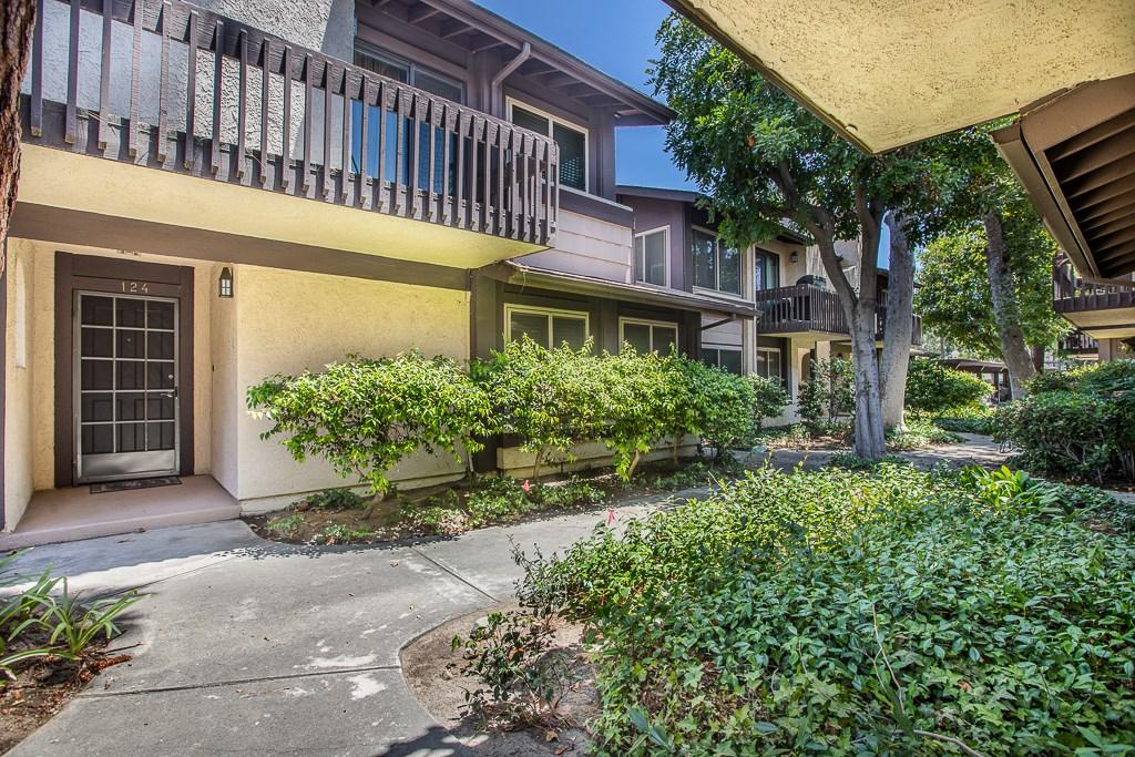 6716 Clybourn Avenue 124, North Hollywood, CA 91606