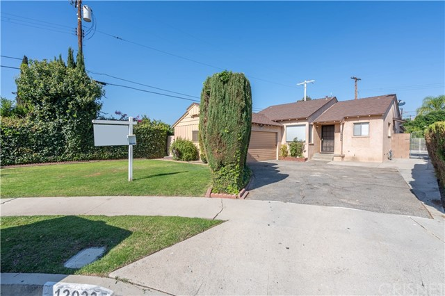 12023 Willard Street, North Hollywood, CA 91605