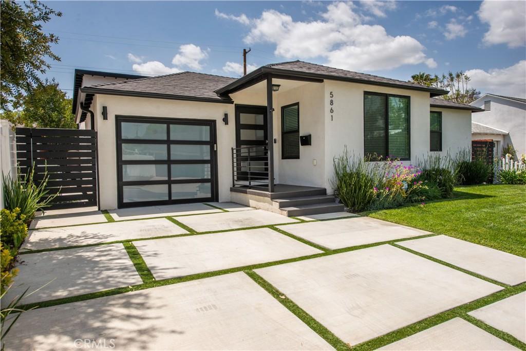 5861 Encino Avenue, Encino, California 91316, 4 Bedrooms Bedrooms, ,2 BathroomsBathrooms,Single Family,For Sale,5861 Encino Avenue,SR21110294