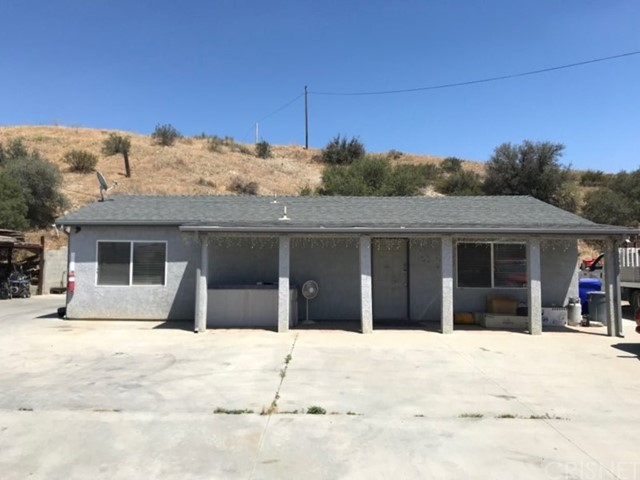16300 Sierra, Canyon Country, CA 91351