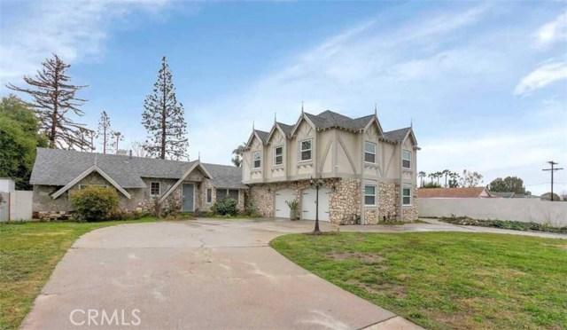 9320 Encino Avenue, Northridge, CA 91325